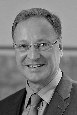Dr. Holger de Leve